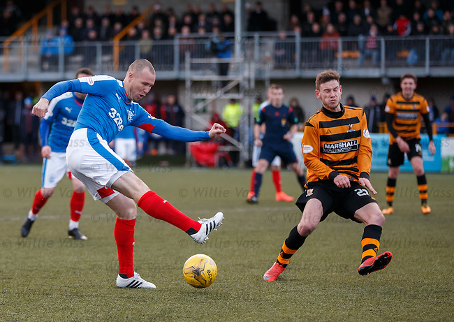 Kenny Miller tries to pull the trigger
