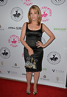 BEVERLY HILLS, CA. October 8, 2016: Lea Thompson at the 2016 Carousel of Hope Ball at the Beverly Hilton Hotel.<br /> Picture: Paul Smith/Featureflash/SilverHub 0208 004 5359/ 07711 972644 Editors@silverhubmedia.com
