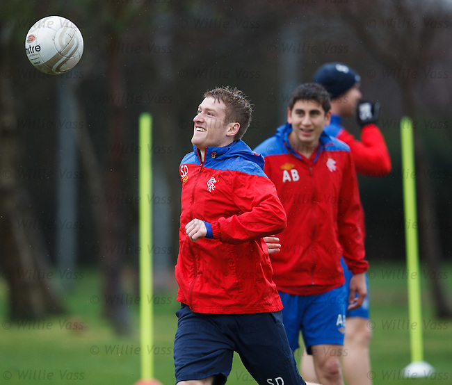 Steven Davis chasing the ball