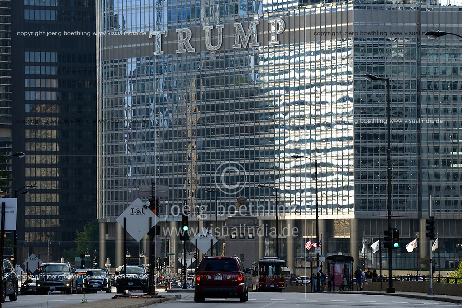USA Chicago, city center, downtown, Trump Tower, Trump International Hotel and Tower
