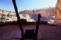 Kiva roof entrance hole with ladder, Cedar Mesa, Utah