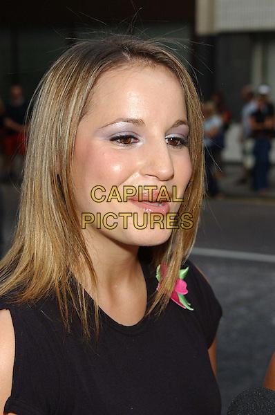 """JESSICA GARLICK.""""American Wedding"""" premiere, Odeon, Covent Garden.(sequel to American Pie).sales@capitalpictures.com.www.capitalpictures.com.©Capital Pictures.headshot, portrait, purple eyeshadow"""