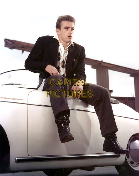 JAMES DEAN.in Rebel Without a Cause (1955) .*Filmstill - Editorial Use Only*.CAP/STF/PEL.Supplied by Capital Pictures.