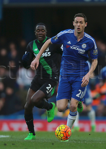 05.03.2016. Stamford Bridge, London, England. Barclays Premier League. Chelsea versus Stoke City. Chelsea Midfielder Nemanja Matić on the ball
