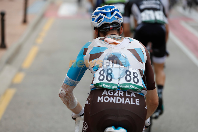 Hugo Houle (CAN) AG2R La Mondiale takes a tumble during Stage 7 of the 2017 La Vuelta, running 207km from Ll&iacute;ria-Cuenca, Spain. 25th August 2017.<br /> Picture: Unipublic/&copy;photogomezsport | Cyclefile<br /> <br /> <br /> All photos usage must carry mandatory copyright credit (&copy; Cyclefile | Unipublic/&copy;photogomezsport)