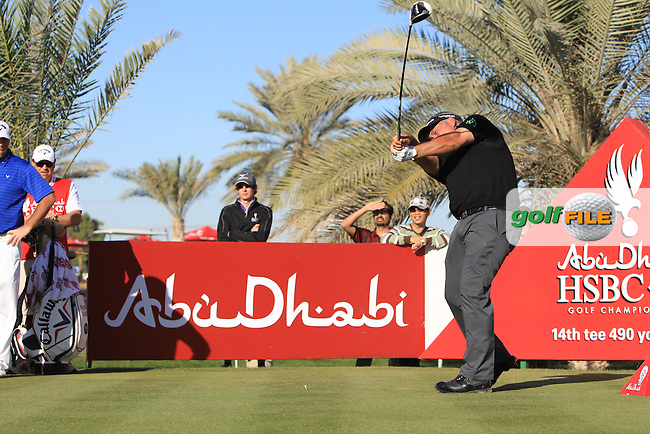 Darren Clarke (NIR) tees off the 14th tee during Friday's Round 2 of the Abu Dhabi HSBC Golf Championship at Abu Dhabi Golf Club, 18th January 2013 (Photo Eoin Clarke/www.golffile.ie)