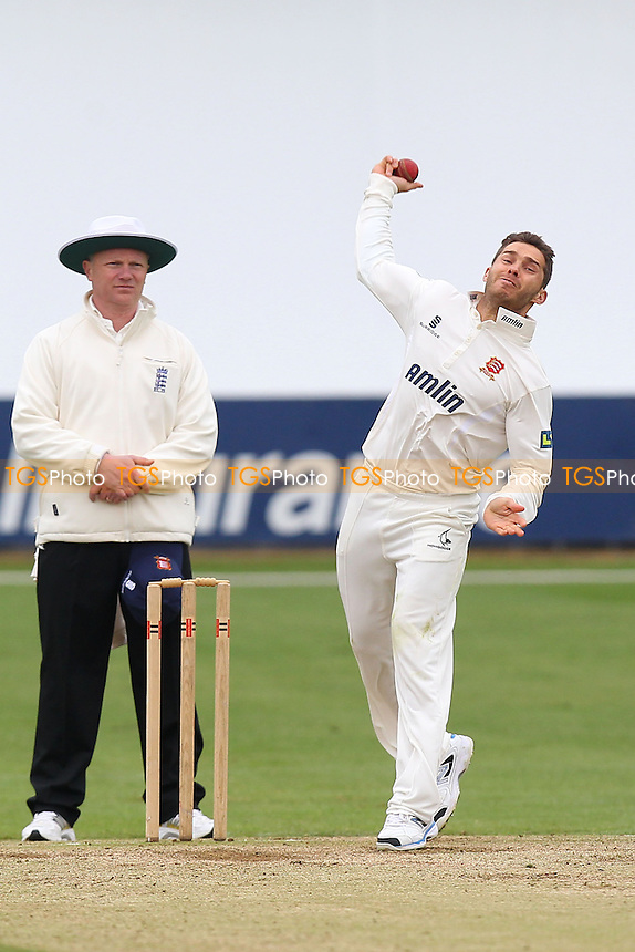 Greg Smith in bowling action for Essex - Essex CCC vs Kent CCC - Pre-Season Friendly Cricket Match at the Essex County Ground, Chelmsford - 04/04/14 - MANDATORY CREDIT: Gavin Ellis/TGSPHOTO - Self billing applies where appropriate - 0845 094 6026 - contact@tgsphoto.co.uk - NO UNPAID USE