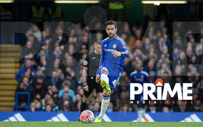 Cesc Fabregas of Chelsea passes the ball during the FA Cup 5th round match between Chelsea and Manchester City at Stamford Bridge, London, England on 21 February 2016. Photo by Andy Rowland.