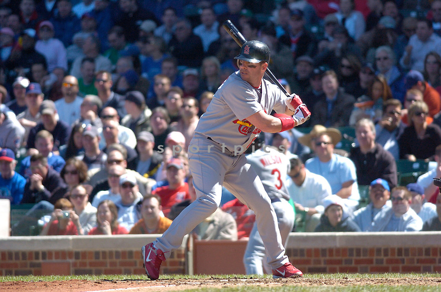 JIM EDMONDS, of the  St. Louis Cardinals, in action during the Cardinals game against the Chicago Cubs in Chicago, IL, on April 20,  2007...Cardinals  win 2-1...DAVID DUROCHIK / SPORTPICS.
