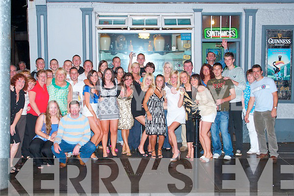 PARTY: Claire O'Sullivan of Kevin Barrys Villas, Tralee, celebrated her 21st birthday at The Slieve Mish Bar, Boherbue, Tralee, on Friday night with family and friends. Claire is pictured here tenth from the left..