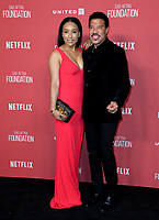 Lionel Richie &amp; Lisa Parigi at the SAG-AFTRA Foundation's Patron of the Artists Awards at the Wallis Annenberg Center for the Performing Arts. Beverly Hills, USA 09 November  2017<br /> Picture: Paul Smith/Featureflash/SilverHub 0208 004 5359 sales@silverhubmedia.com