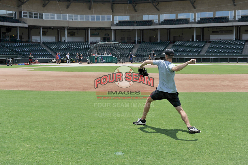 Former Boston Red Sox pitcher Daniel Bard throws in the outfield at a workout during the coronavirus shutdown with local Major League and Minor League players from around the Upstate on Tuesday, June 2, 2020, at Fluor Field at the West End in Greenville, South Carolina. (Tom Priddy/Four Seam Images)