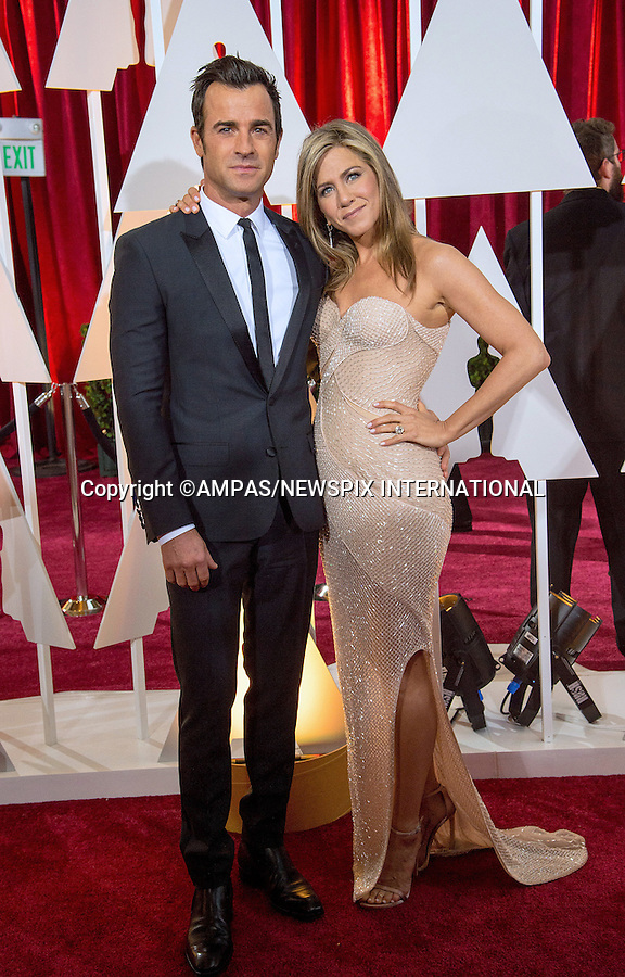 22.02.2015; Hollywood, California: 87TH OSCARS - JENNIFER ANISTON AND JUSTIN THEROUX<br /> Celebrity arrivals at the Annual Academy Awards, Dolby Theatre, Hollywood.<br /> Mandatory Photo Credit: NEWSPIX INTERNATIONAL<br /> <br />               **ALL FEES PAYABLE TO: &quot;NEWSPIX INTERNATIONAL&quot;**<br /> <br /> PHOTO CREDIT MANDATORY!!: NEWSPIX INTERNATIONAL(Failure to credit will incur a surcharge of 100% of reproduction fees)<br /> <br /> IMMEDIATE CONFIRMATION OF USAGE REQUIRED:<br /> Newspix International, 31 Chinnery Hill, Bishop's Stortford, ENGLAND CM23 3PS<br /> Tel:+441279 324672  ; Fax: +441279656877<br /> Mobile:  0777568 1153<br /> e-mail: info@newspixinternational.co.uk
