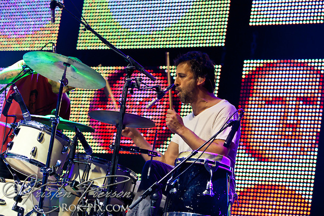 Guster performs at Mohegan Sun Arena July 19, 2013 ©2013