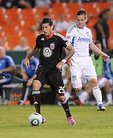 DC United midfielder Santino Quaranta (25).  San Jose Earthquakes defeated DC United 2-0 at RFK Stadium, October 9, 2010.