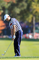 USA Team Player Zach Johnson chips onto the 16th green during Sunday's Singles Matches of the 39th Ryder Cup at Medinah Country Club, Chicago, Illinois 30th September 2012 (Photo Colum Watts/www.golffile.ie)