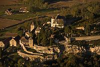 Europe/France/Aquitaine/24/Dordogne/Vallée de la Dordogne/Périgord/Périgord Noir/Vézac:  Château et jardins de Marqueyssac - Vue aérienne