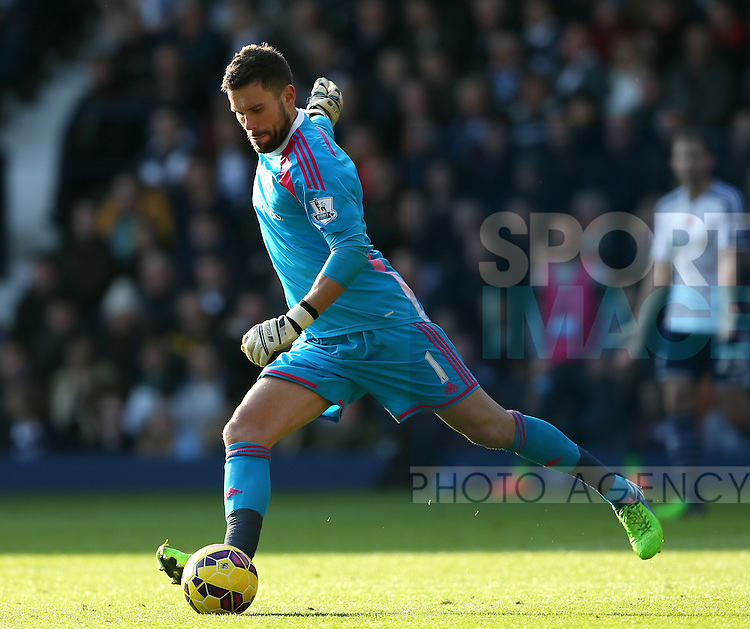 Ben Foster of West Bromwich Albion  - Barclays Premier League - WBA vs Newcastle Utd - Hawthorns Stadium - West Bromwich - England - 9th November 2014  - Picture Simon Bellis/Sportimage