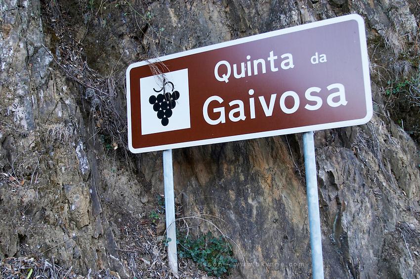 road sign quinta da gaivosa douro portugal