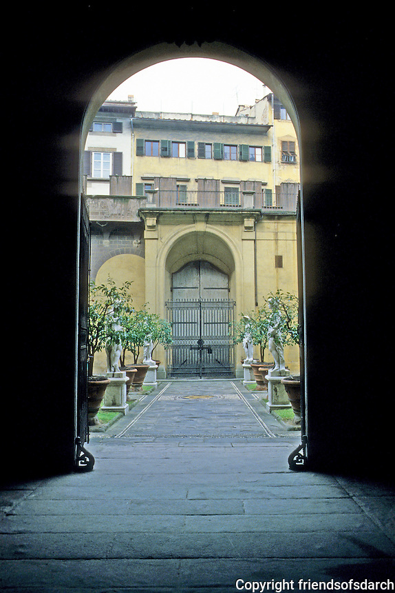 Florence: Medici Palace. Photo '83.