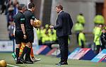 28.04.2019 Rangers v Aberdeen: Steven Gerrard confronts the ref at half time