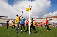 Johan Cruyff Foundationdag in Amsterdam. Eeen sportdag voor jongeren mét en zonder beperking