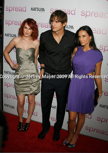 """HOLLYWOOD, CA. - August 03: Rumer Willis, Ashton Kutcher and Demi Moore arrive at the Los Angeles premiere of """"Spread"""" at the ArcLight Hollywood on August 3, 2009 in Hollywood, California."""