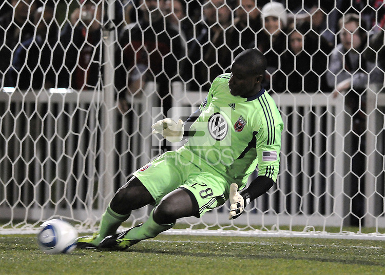 DC United goalkeeper Bill Hamid (28) stops a penalty kick.  DC United defeated The Philadelphia Union in penalty kicks 4-2 at TheLamar Hunt U.S. Open Cup match, at Maryland SoccerPlex, Wednesday April 6, 2011.
