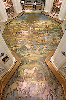 Italy, Campania, Capri, Anacapri: San Michele church showing overview of tiled floor painted with an 18th century depiction of the Fall | Italien, Kampanien, Provinz Neapel, Capri, Anacapri: Kirche San Michele, der geflieste Boden aus Majolika zeigt die Vertreibung aus dem Paradies