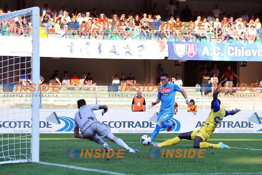 Jose Callejon Napoli (L) gol 1-2 <br /> Goal celebration <br /> Verona 31-08-2013 Stadio Bentegodi <br /> Football Calcio Campionato Italiano Serie A<br /> Chievo - Napoli <br /> Foto Andrea Staccioli Insidefoto