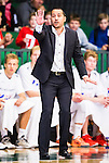 S&ouml;dert&auml;lje 2015-10-01 Basket Basketligan S&ouml;dert&auml;lje Kings - Uppsala Basket :  <br /> Uppsalas tr&auml;nare coach Kevin Gaines gestikulerar under matchen mellan S&ouml;dert&auml;lje Kings och Uppsala Basket <br /> (Foto: Kenta J&ouml;nsson) Nyckelord:  Basket Basketligan S&ouml;dert&auml;lje Kings SBBK T&auml;ljehallen Uppsala Seriepremi&auml;r Premi&auml;r portr&auml;tt portrait tr&auml;nare manager coach