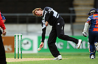 NZ's Jacob Oram tries to run out Virender Sehwag during the 2nd ODI cricket match between the New Zealand Black Caps and India at Westpac Stadium, Wellington, New Zealand on Friday, 6 March 2009. Photo: Dave Lintott / lintottphoto.co.nz