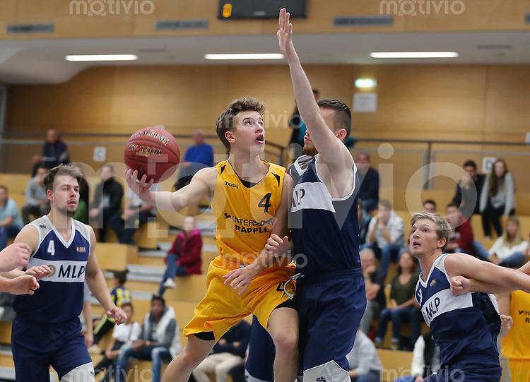Basketball Regionalliga Suedwest 15/16   27.09.2015 SV 03 Tuebingen - USC Heidelberg Tim Deschner (li, SV)