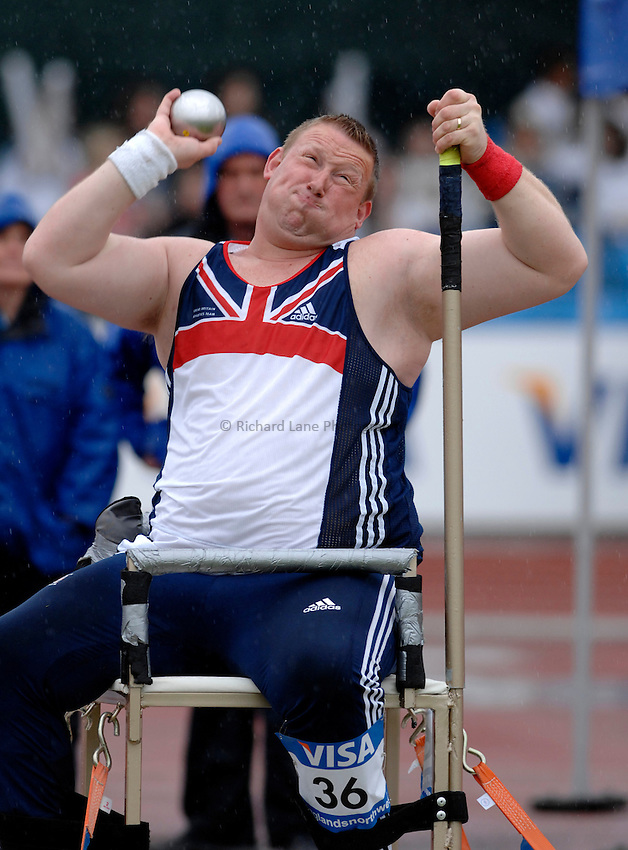 Photo: Richard Lane..VISA Paralympic World Cup 2007. Athletics. 13/05/2007. .Robin Womack of Great Britain in the men's F52-58 shot put.