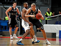 Brose's Maik Zirbes and Real Madrid's Dontaye Draper during Euroliga match. February 28,2013.(ALTERPHOTOS/Alconada)