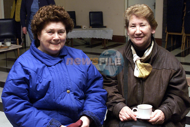 Evelyn Fagan, Beechgrove and Maidie Kellaway, Ballsgrove at the MMM Coffee morning..Picture: Paul Mohan/Newsfile
