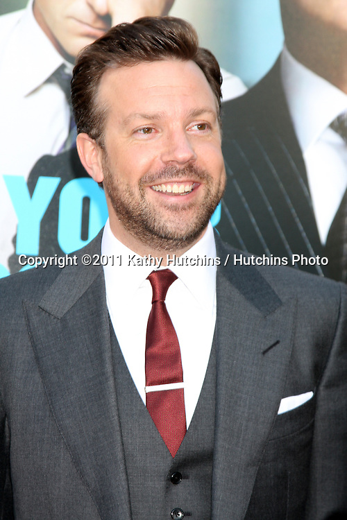 """LOS ANGELES - JUN 30:  Jason Sudeikis arriving at the """"Horrible Bosses"""" Premiere at Graumans Chinese Theater on June 30, 2011 in Los Angeles, CA"""
