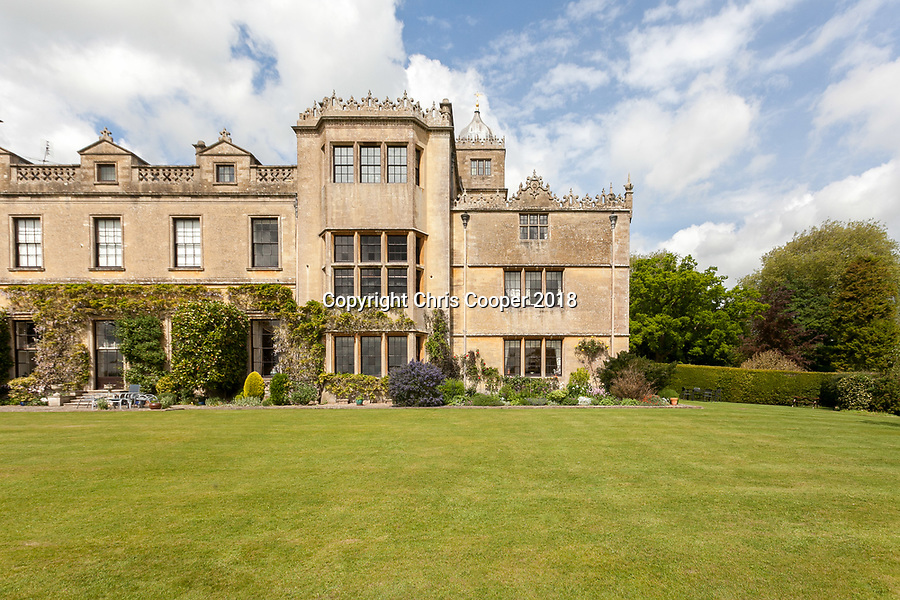 BNPS.co.uk (01202 558833)<br /> Savills/BNPS<br /> <br /> The Apartment is on the first floor...<br /> <br /> A luxury apartment in a breathtaking 17th century town house has emerged for sale for £750,000.<br /> <br /> The spectacular Charlton Park House in Malmesbury, Wilts, dates back to around 1607 when it was built for Earl of Suffolk and Berkshire.<br /> <br /> The farms and surrounding estates are still owned by the family over 400 years later but the building itself was converted into 19 flats in 1975.