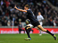 Twickenham, GREAT BRITAIN,   Oxfords'  Charlie MARR, signals to the crowd as he runs in to score Oxfords second try during the 2012 Varsity Rugby match.  Oxford vs Cambridge, at the RFU Stadium, Twickenham, Surrey. on Thursday  06/12/2012..[Mandatory Credit; Peter Spurrier/Intersport-images]