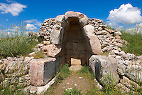 Photo of the a building chamber of the Hittite capital Hattusa 3