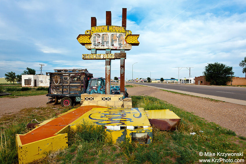 """Abandoned """"Ranch House Cafe"""" Sign in Tucumcari, NM"""