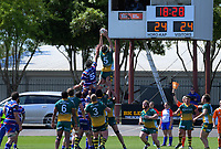 Lineout action during the 2018 Heartland Championship Lochore Cup rugby semifinal between Horowhenua Kapiti and Mid-Canterbury at Levin Domain in Levin, New Zealand on Saturday, 20 October 2018. Photo: Dave Lintott / lintottphoto.co.nz