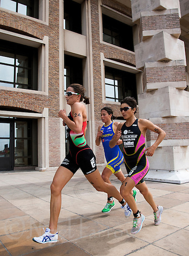 22 MAY 2011 - DUNKERQUE, FRA - Emma Moffatt (Charleville Triathlon Ardennes) (right) leads Andrea Hewitt (Poissy Triathlon) (centre) and  Barbara Riveros (Tri Val de Gray) (right) on the run during the women's round of the 2011 French Grand Prix triathlon series (PHOTO (C) NIGEL FARROW)