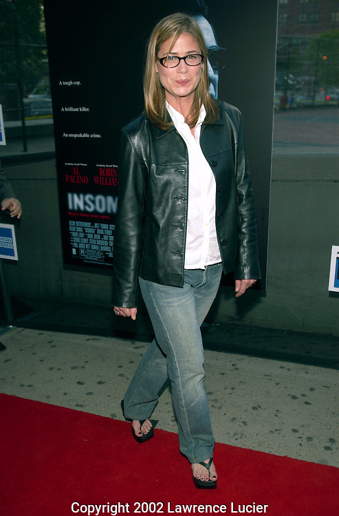 Actress Maura Tierney arrives at the premier of Insomnia May 11, 2002 in New York City.  The premier was held as part of the Tribeca Film Festival..