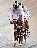 CALI – COLOMBIA – 17-02-2017: Equipo de Colombia, en la prueba Velocidad Equipos, damas,  en el Velodromo Alcides Nieto Patiño, sede de la III Valida de la Copa Mundo UCI de Pista de Cali 2017. / Colombia Team, women in the Team Sprint Race at the Alcides Nieto Patiño Velodrome, home of the III Valid of the World Cup UCI de Cali Track 2017. Photo: VizzorImage / Luis Ramirez / Staff.