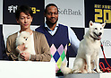 "September 8, 2016, Tokyo, Japan - Japanese actor Takeru Sato and American actor Dante Carver smile as they announce Softbank's new rate plan ""Giga monster"", 20GB for 6,000 yen per month in Tokyo on Thursday, September 8, 2016. Softbank also annouced they will start the fifth generation (5G) mobile communication service Massive MIMO in this month    (Photo by Yoshio Tsunoda/AFLO) LWX -ytd-"
