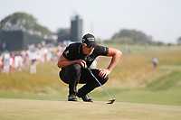 Henrik Stenson (SWE) lines up a putt on the 12th hole during the 118th U.S. Open Championship at Shinnecock Hills Golf Club in Southampton, NY, USA. 17th June 2018.<br /> Picture: Golffile | Brian Spurlock<br /> <br /> <br /> All photo usage must carry mandatory copyright credit (&copy; Golffile | Brian Spurlock)