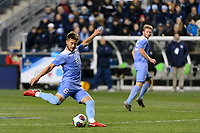 Chester, PA - Friday December 08, 2017: Cam Lindley The Indiana Hoosiers defeated the North Carolina Tar Heels 1-0 during an NCAA Men's College Cup semifinal soccer match at Talen Energy Stadium.