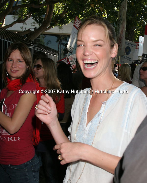 Ashley Scott.Screen Actor's Guild Support the Writer's Guild of America Strike.Outside NBC/Universal Studios Lot.Lankershim Blvd.Los Angeles, CA.November 13, 2007.©2007 Kathy Hutchins / Hutchins Photo...               .