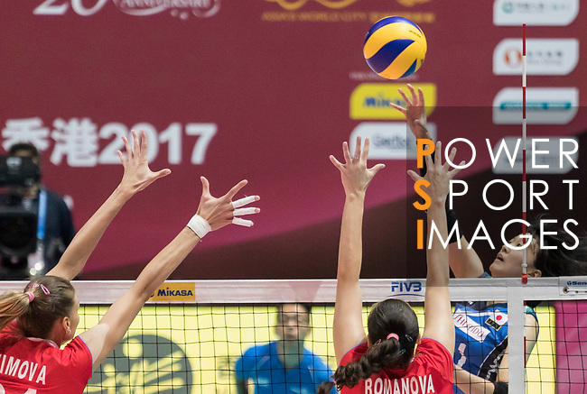 Wing spiker Yurie Nabeya (R) of Japan spikes the ball during the FIVB Volleyball World Grand Prix - Hong Kong 2017 match between Japan and Russia on 23 July 2017, in Hong Kong, China. Photo by Yu Chun Christopher Wong / Power Sport Images